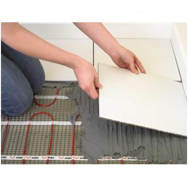 Šildymo kilimėlis DEVIcomfort 150T ir DEVIreg Touch 4